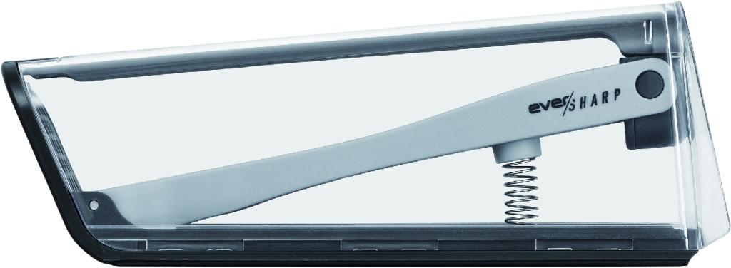 耐久性の高いドイツ製の鋼